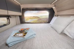 4 berth motorhome hire Expedition 68 rear